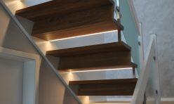 Eichetreppe mit Z-Stufen